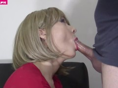 Beautiful short hair blonde gets a creampie Thumb