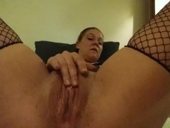 Lil Mama DP'n herself with a dildo and anal trainer Thumb