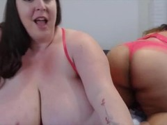 BBW lesbian Daisy with monster tits spanks big booty GF Thumb