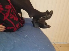 "Cut footage from ""Nylon stocking footjob"" Thumb"