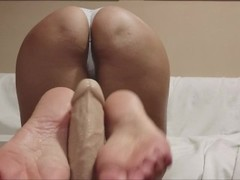 what to do for the first date? a perfect footjob like this ... Thumb